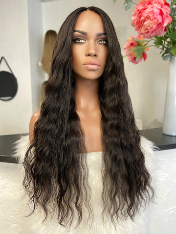 Lucia - integral gold + skin top / 26 inch / 200 % Volume / Cambodian hair /medium