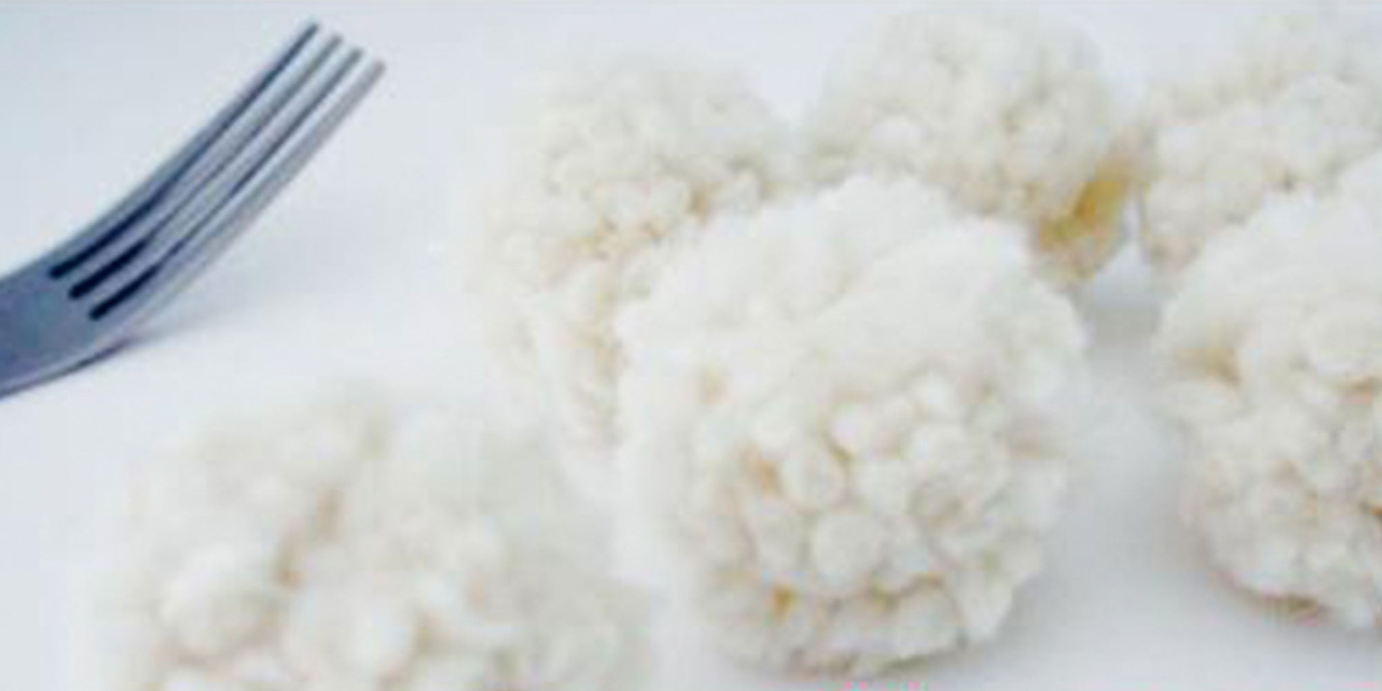 How to make quick pompoms from fork and yarn