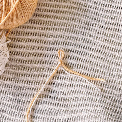 How to knit a provisional cast on