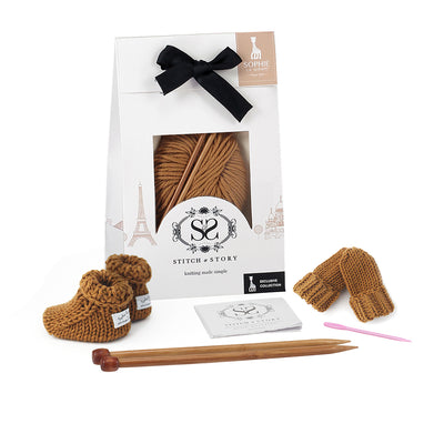 Sophie la girafe: Mini Mittens & Booties Knitting Kit Set