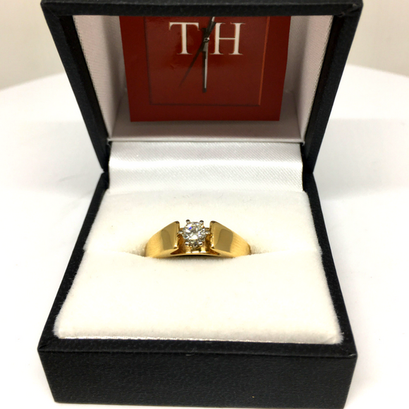 14KGold Round, Brilliant Engagement Ring
