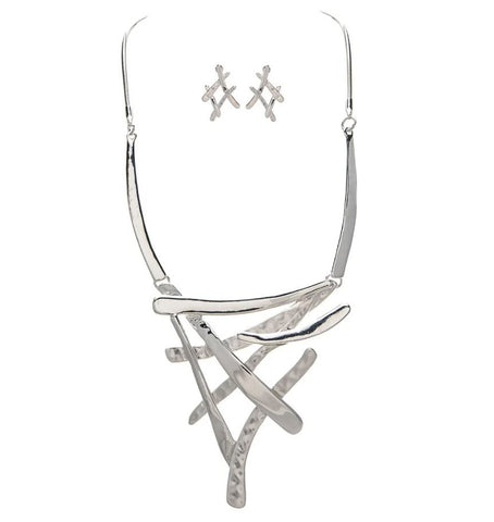 SILVER CROSSED LINES BIB NECKLACE SET
