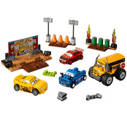 Carros LEGO Júniors Disney Pixar 3 Thunder Hollow Crazy 8 Race 10744