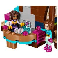 Chalet LEGO Friends Snow Resort