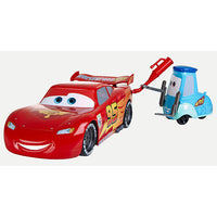 Lightning McQueen e o Guido - Carros 2 - Disney