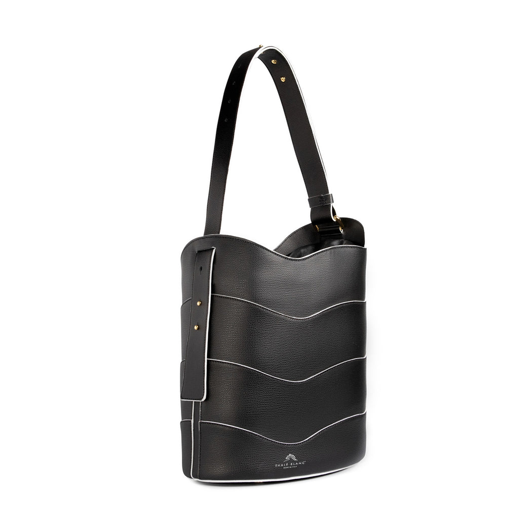 Luxury handbag: Bucket purse, leather, in black with white painted edge trim