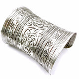 Bracelet - Engraved Metallic Curved Cuff
