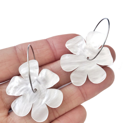 Flowers in Marbled White - Mikmat Designs Earrings Laser Cut Designs