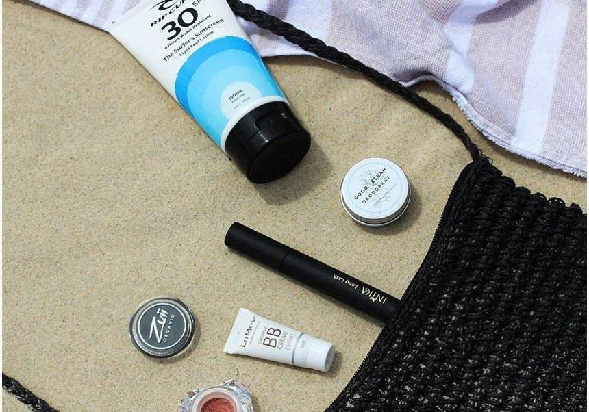 The 3 Best Natural Beauty Brands for Your Gym and Beach Bags