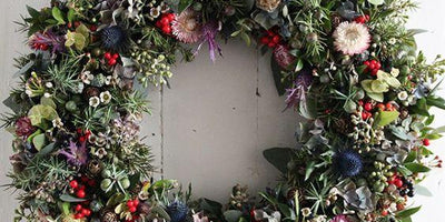 CHRISTMAS WREATH WORKSHOP - Fresh Flower Wreath || Monday 21st December 2020