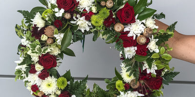 CHRISTMAS WREATH WORKSHOP - Fresh Flower Wreath || Saturday 19/12/20
