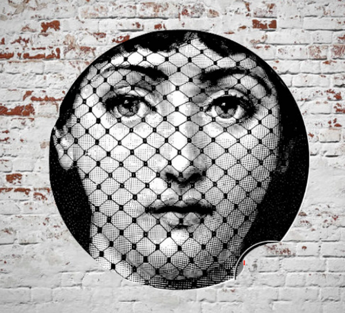 Fornasetti Wall Plate Decorative - Fishnet Face, 8 Inch Ceramic Wall Art Home Decor Dish Ornament Black White Vintage Retro Piero