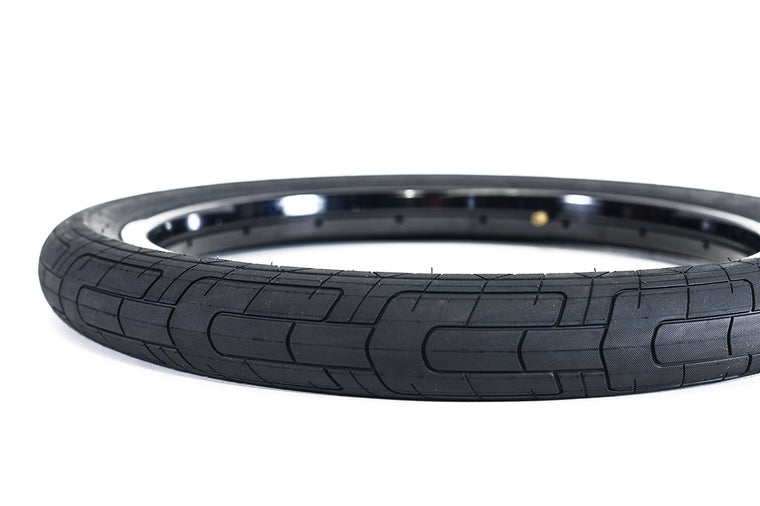 "Colony Griplock 20"" x 2.2"" Tyre - Black"