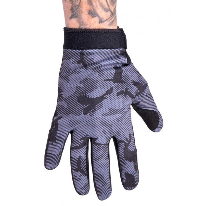 Shadow Conspire Gloves Crow Camo