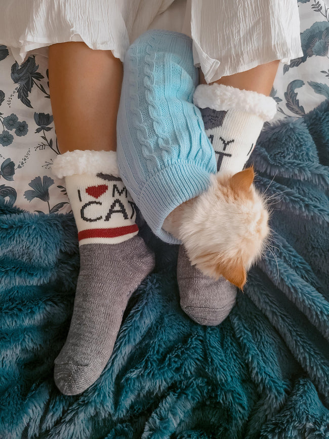 "Northern Comfort  Adult ""I love my cat"" Sherpa Lined, Grip Slipper Socks"