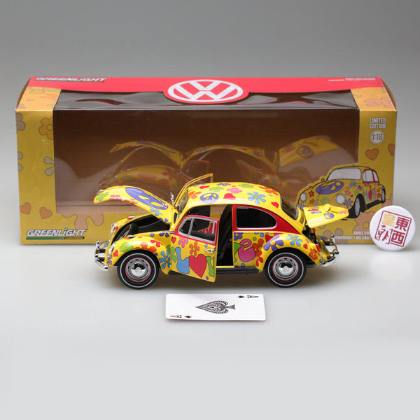GreenLight 1:18 1967 Volkswagen Beetle Right-Hand Drive - Hippie Peace & Love 13509