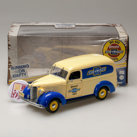 GreenLight 1:24 Running on Empty - 1939 Chevrolet Panel Truck Genuine Chevrolet Parts 18242
