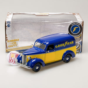 GreenLight 1:24 Running on Empty - 1939 Chevrolet Panel Truck - Goodyear Tires 18243