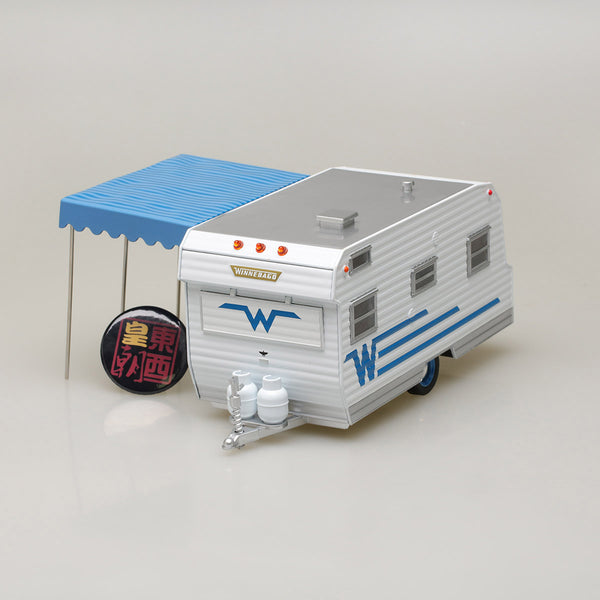 GreenLight 1:24 1964 Winnebago Travel Trailer 216 Diecast Model Car 18415-B