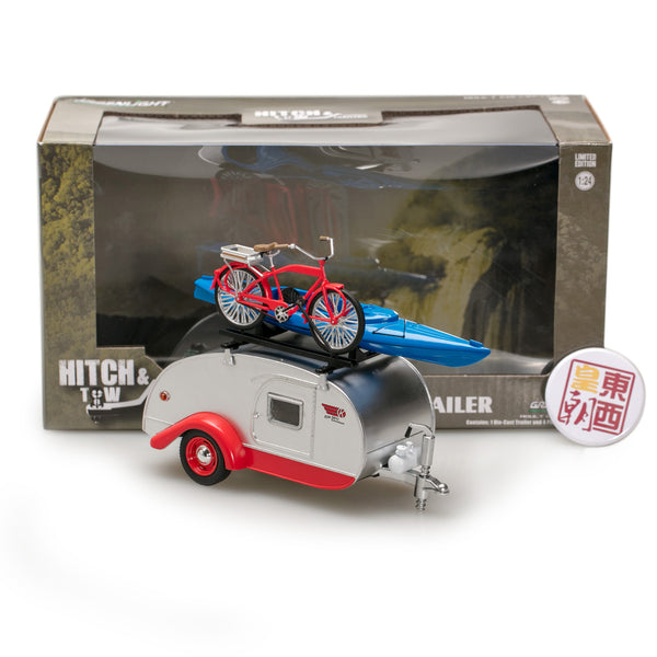 GreenLight 1:24 Hitch & Tow Trailers Series 4 - Teardrop Trailer in Silver with Red Trim, Roof Rack, Bicycle, Kayak, Cooler and Picnic Basket 18440-A