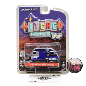 GreenLight 1:64 Hitched Homes Series 2 - 2016 Winnebago Winnie Drop - Blue Diecast Model Car 34020-D