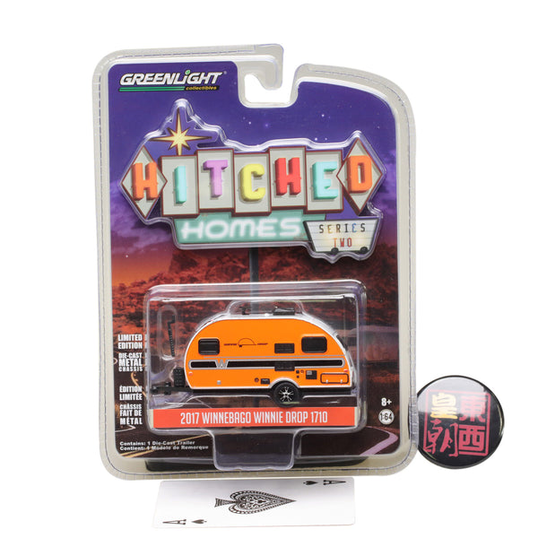 GreenLight 1:64 Hitched Homes Series 2 - 2017 Winnebago Winnie Drop - Orange Diecast Model Car 34020-E