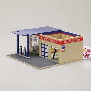GreenLight 1:64 Mechanic s Corner Series 3 - Vintage Gas Station Standard Oil 57032
