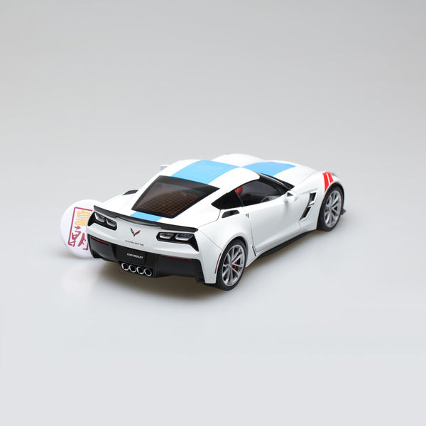 AUTOart 1:18 CHEVROLET CORVETTE GRAND SPORT (ARCTIC WHITE/BLUE STRIPES/RED FENDER HASH MARKS) 71271