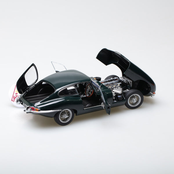 AUTOart 1:18 JAGUAR E-TYPE COUPE SERIES I 3.8 (GREEN)(WITH METAL WIRE-SPOKE WHEELS)  73612
