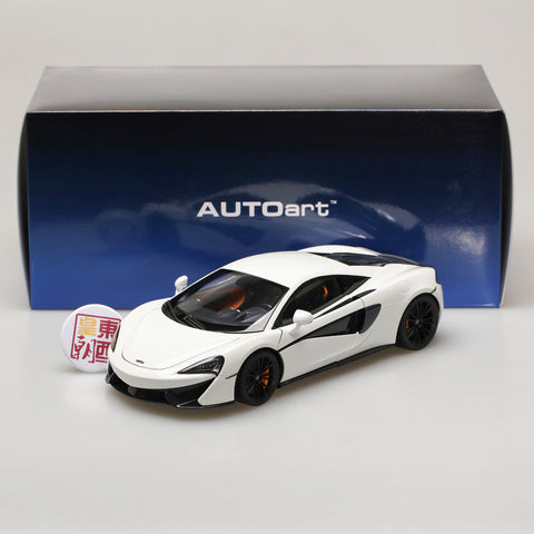 AUTOart 1:18 McLAREN 570S (WHITE/BLACK WHEELS) 76041