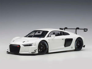 AUTOart 1:18 AUDI R8 LMS PLAIN COLOR VERSION (WHITE) 81602
