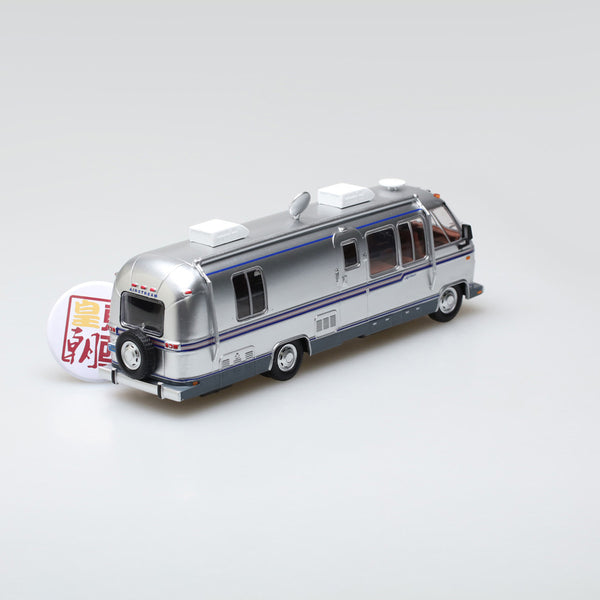 GreenLight 1:43 1981 Airstream Excella 280 Turbo Diecast Model Car 86312