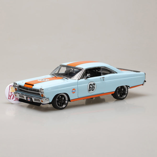 GMP 1:18 1966 Ford Fairlane Gulf Oil - Light Blue with Orange Stripes GMP-18858