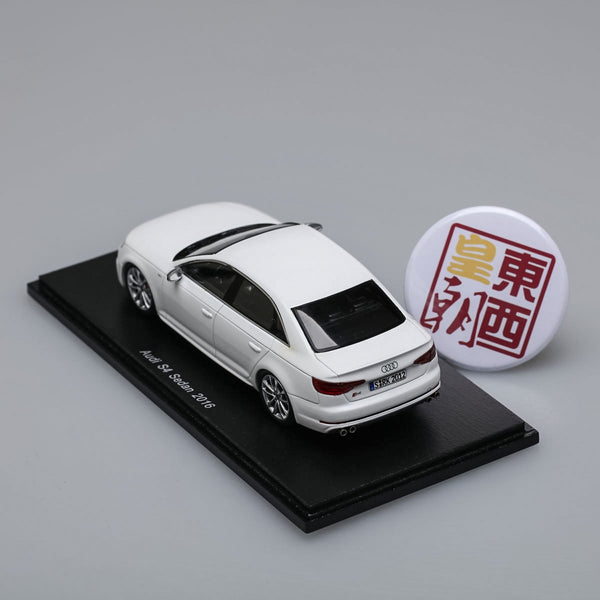 SPARK 1:43 Audi S4 Sedan 2016 White Resin Model Car S4887
