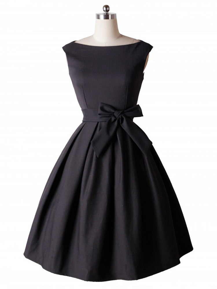 Audrey Hepburn Vintage 50s Sleeveless Swing Inspired Dress with Belt