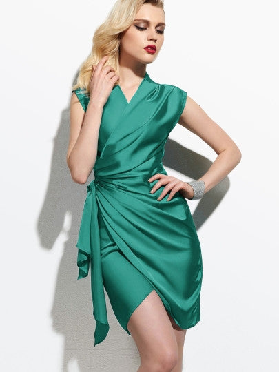 Plain Green V-Neck Women's Sheath New Years Party Dress