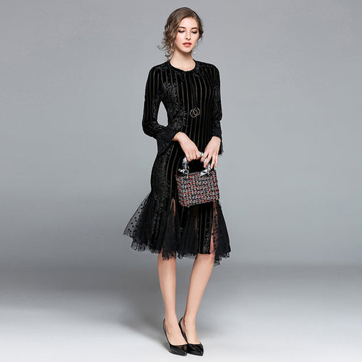 Vintage Round Collar Long Sleeve Mesh Velvet Patchwork Lace Mermaid Midi Dress