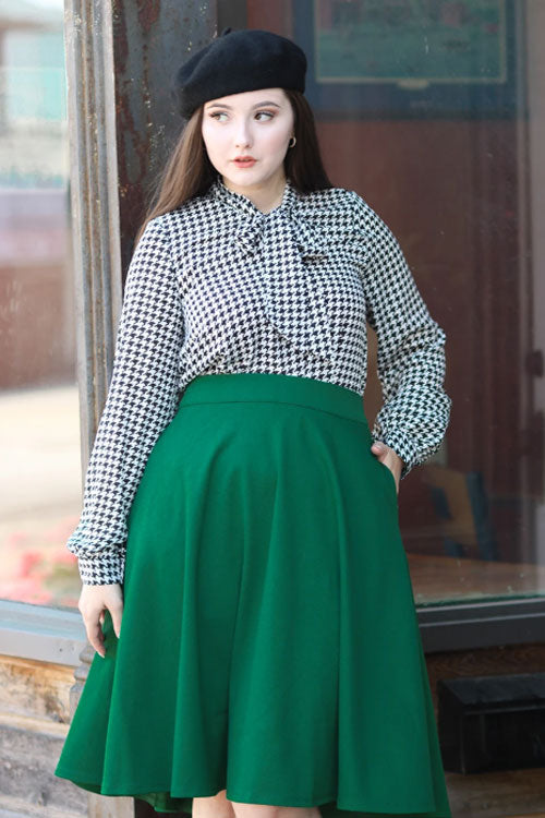 Retrolicious Long Sleeved Bow Top in Houndstooth