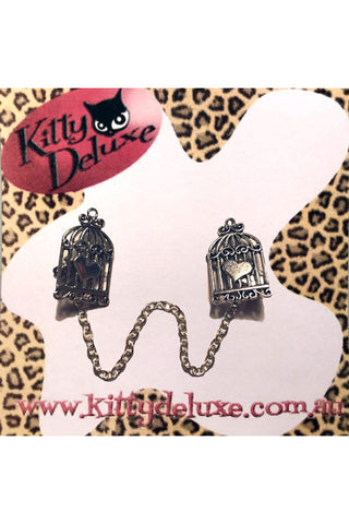 Kitty Deluxe Cardigan Clips in Caged Heart Design