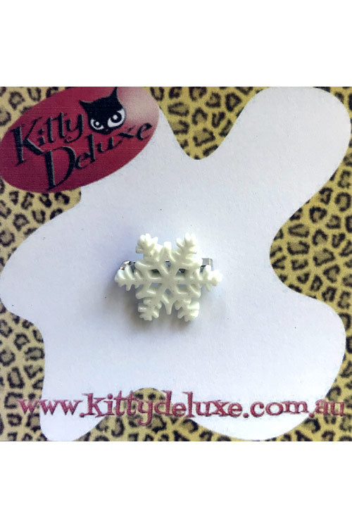 Kitty Deluxe Broochlette Mini Brooch in Elsa the Snowflake
