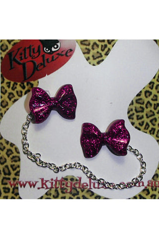 Kitty Deluxe Cardigan Clips in Pink Glitter Bow Design