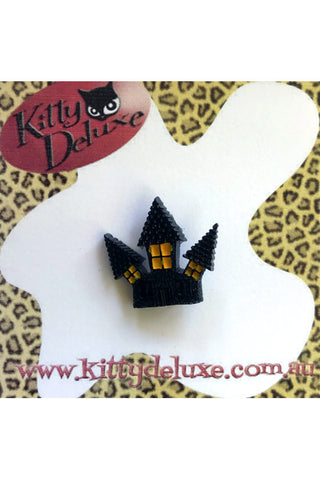 Kitty Deluxe Broochlette Mini Brooch in Haunted House