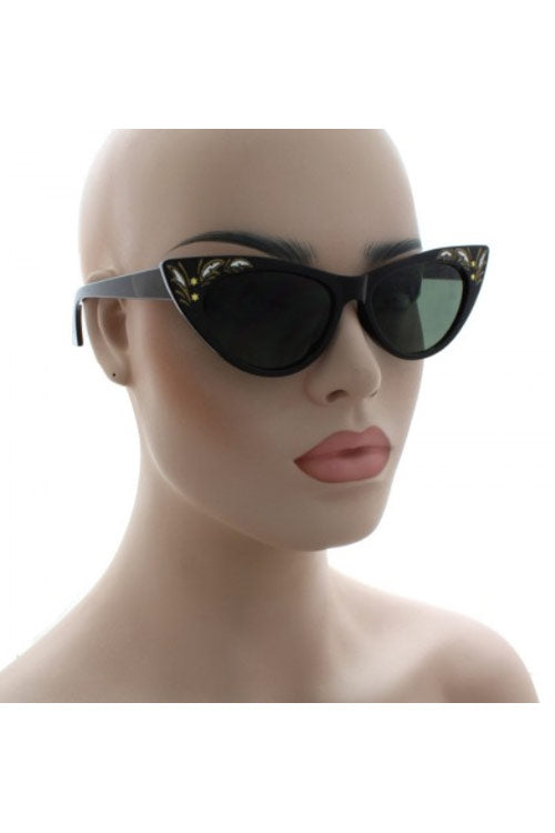 Kiss Eyewear Penny Slim Frame Retro Inspired Cat's Eye Sunglasses in Black