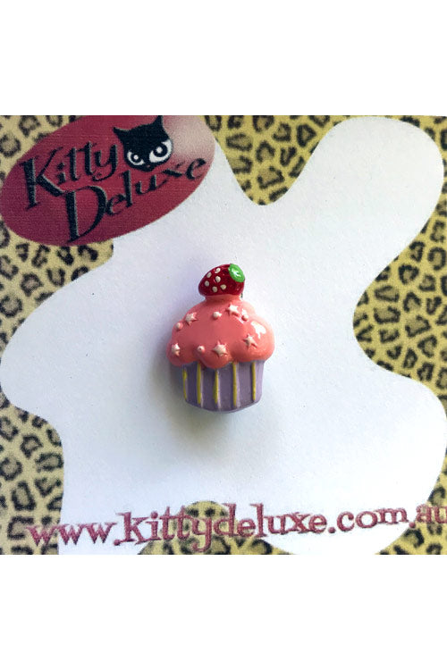 Kitty Deluxe Broochlette Mini Brooch in Strawberry Cupcake