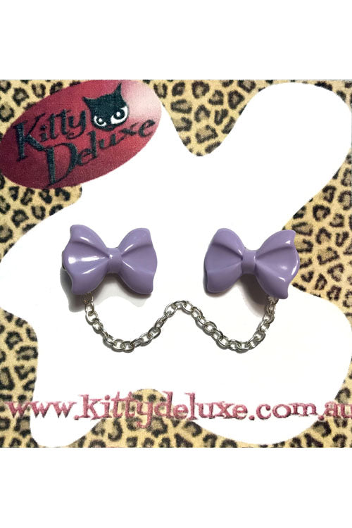 Kitty Deluxe Cardigan Clips in Plain Lavender Bow Design