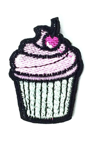 Kitty Deluxe Iron on Patch of Mini Cupcake