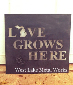 LOVE GROWS HERE SIGN WITH MICHIGAN INSERT