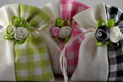 Coloured Flower Gingham Gift Bags x 5!!