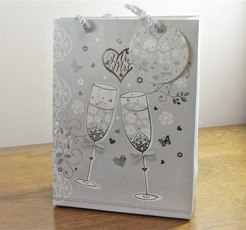 Medium & Large Wedding Mr & Mrs Champagne Gift Bag & Tag!!