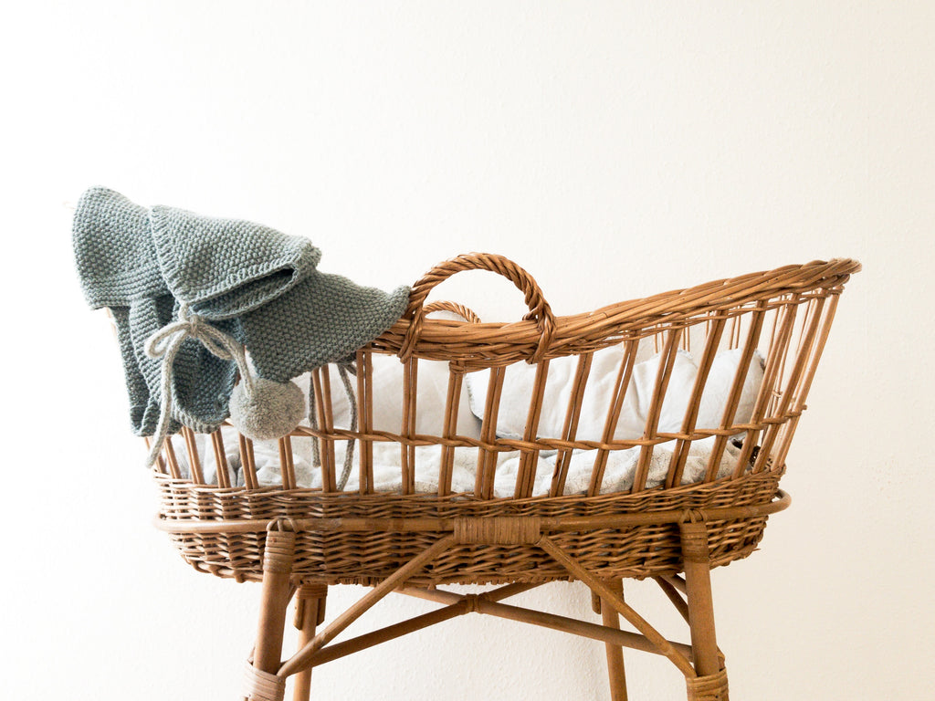 Moses basket with crochet blanket for baby